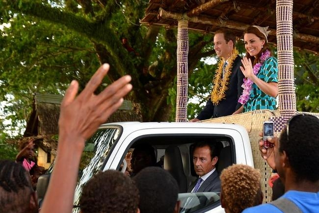 SOLOMONS-BRITAIN-ROYALS