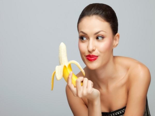 Almond Papaya and Banana Smoothie