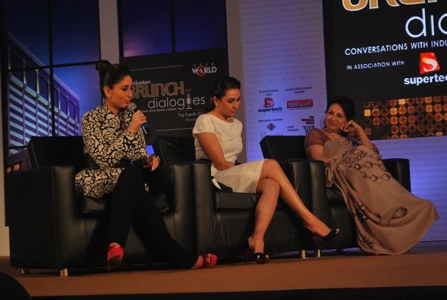 Kareena Kapoor, Karisma Kapoor & Sharmila Tagore