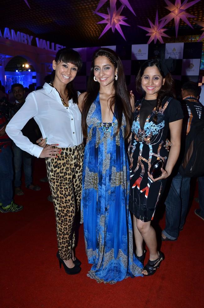 Shibani, Anusha and Apeksha Dandekar