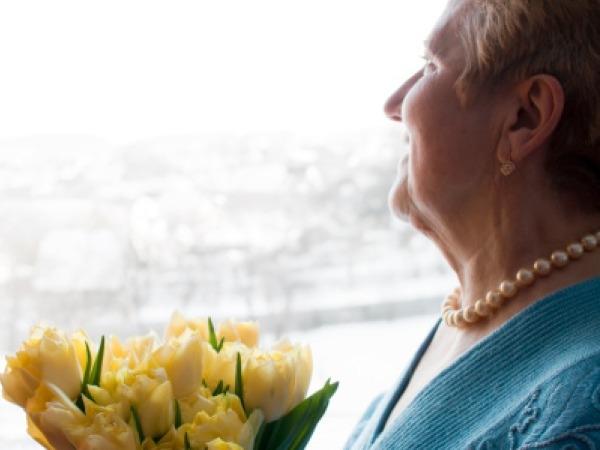 Alzheimer's: Caring Tips for Alzheimer