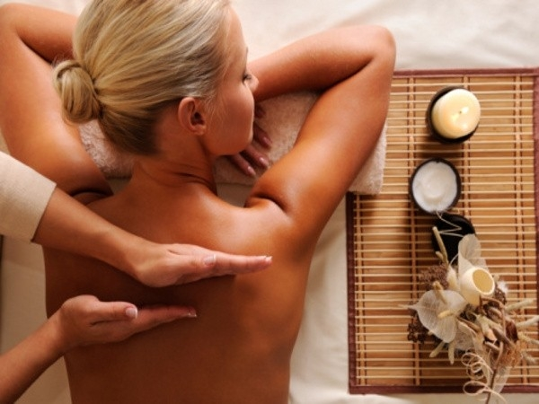 massage therapy: Massages to De-stress Yourself: Lomi Lomi Massage
