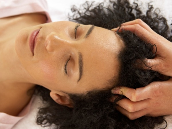 Home Remedy:Dandruff: Warm oil massage