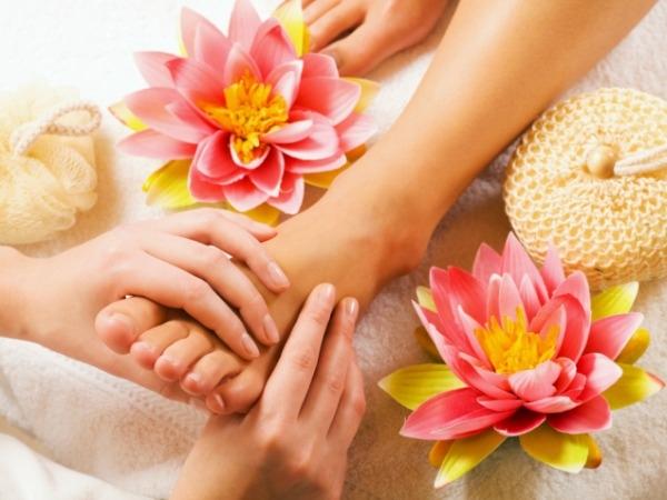 Massages to De-stress Yourself : Reflexology