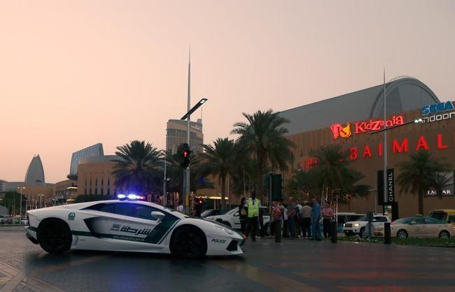 Dubai Police Get Lamborghinis