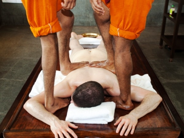Massage therapy: Massages to De-stress Yourself: Kalari Massage