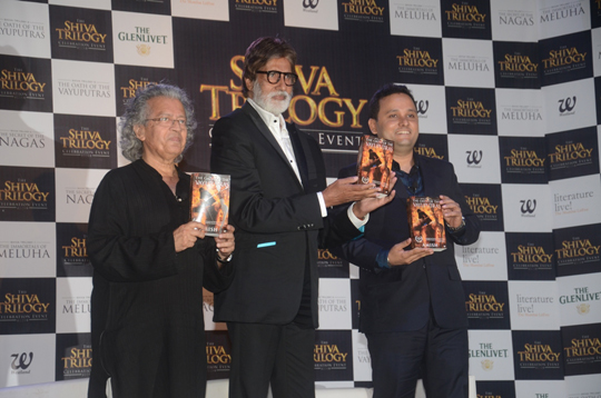 Amitabh Bachchan with celebrated authors Anil Dharker and Amish Tripathi