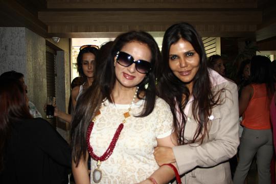 Poonam Dhillon, Nisha Jamwal