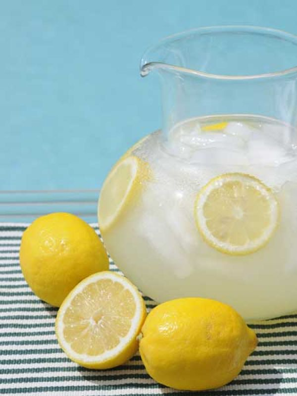 Water-Lemon Spritz