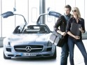 Exactly 444 products are to be found on the 170 pages of the new Mercedes-Benz Collection 2013 catalogue. Highlights include the Fitness, Trekking and Kids