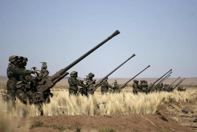 Bolivian soldiers participate in a military exercise in Patacamaya