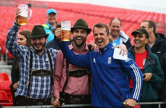 England Celebrate Ashes Win