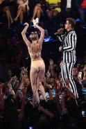 2013 MTV Video Music Awards - Show