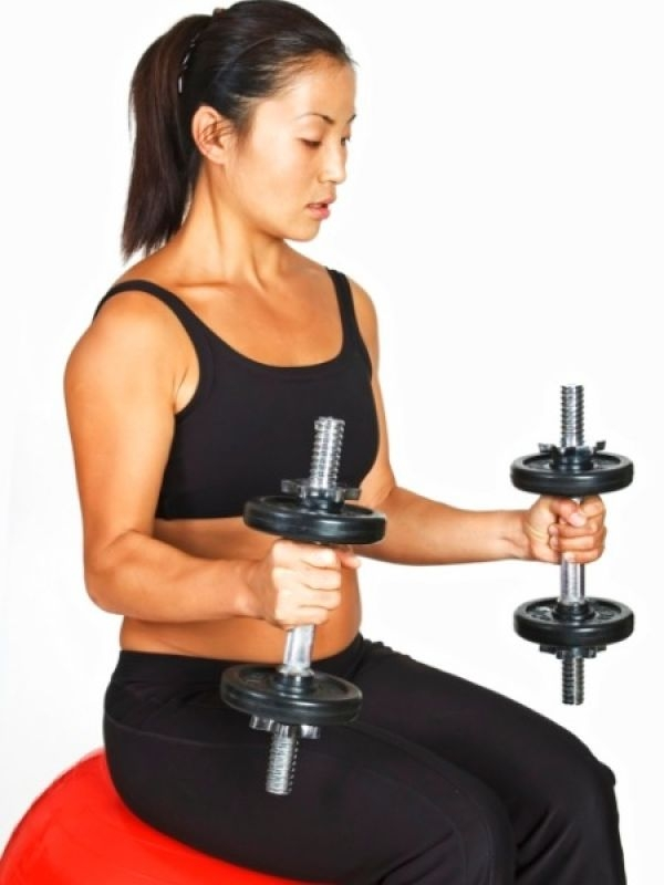 Arm Workouts: Top 10 Best Arm Exercises Double arm curl