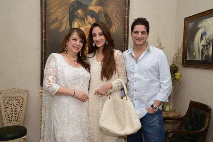 Zarine Khan with daughter Farah and son-in-law DJ Aqeel