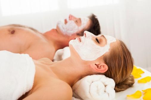 Home Remedy to Treat Acne Scars # 6: Honey treat