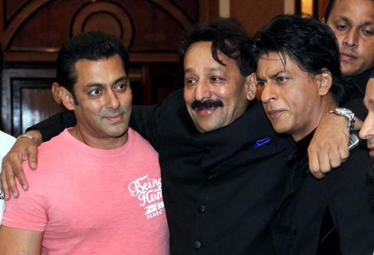 Salman, Shah Rukh at Baba Siddiqui