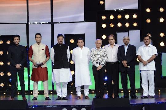 Anil Kapoor, Samir Koacher, CM of Maharashtra Prithiviraj Chauhan, Uday Shankar - Star India CEO, along with Mukesh and Mahesh Bhatt at Star India