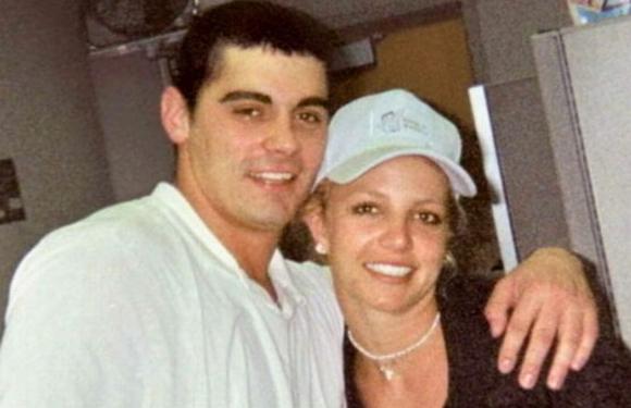 Britney Spears and Jason Alexander