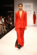 Aimed at the sophisticated New Age woman the Huemn label by Pranav Mishra and Shyma Shetty presented an androgynous line that morphed into contrasting textures and colours at Lakmé Fashion Week Winter/Festive 2013. The classic masculine look was redef