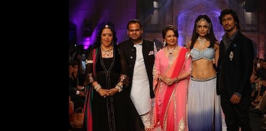 Ila Arun, Yash Agarwal, Pallavi Jaipur ,Sharmila Tagore, Kangana Ranaut