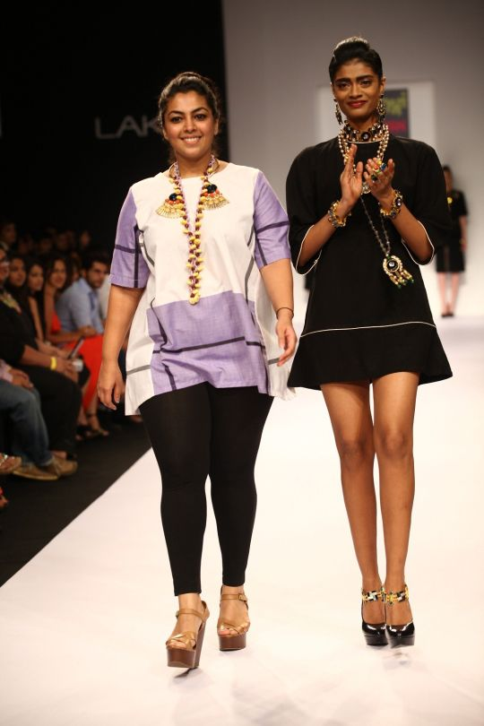Nitya Arora's 'Valliyan' label celebrated the beauty of the Art Deco influences of 1920 through her accessories collection at Lakmé Fashion Week Winter/Festive 2013. Architecture played an important role in the designs when the various mediums came