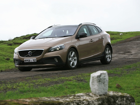 Volvo V40 Cross Country: Road Test