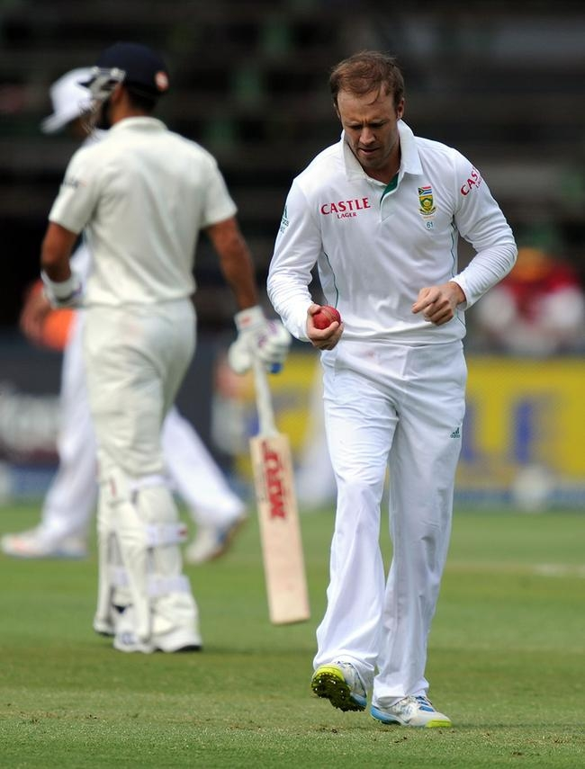 AB de Villiers Bowled on Day 3