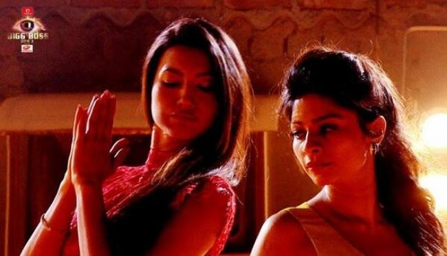 Gauahar and Tanisha backstage all set for action.