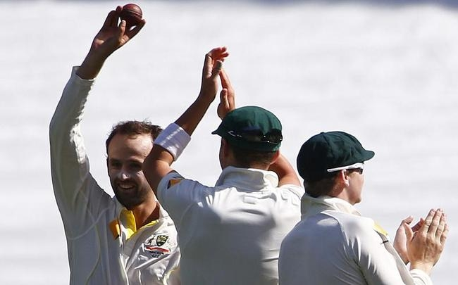 Five-for for Nathan Lyon