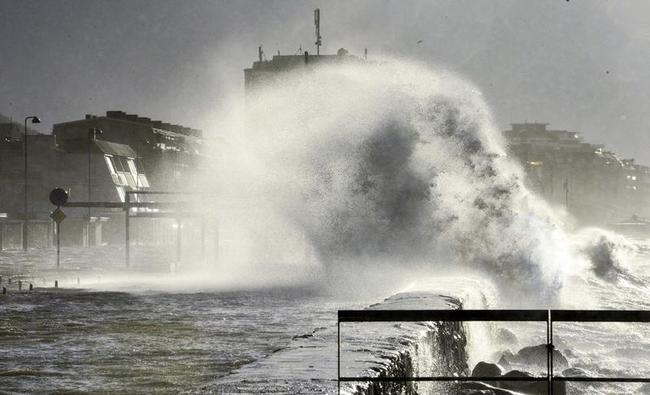 Storm leaves trail of destruction in Europe