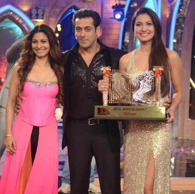 Bigg Boss 7 winner Gauahar and Tanisha on stage with Salman Khan.