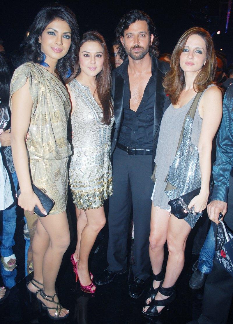 Priyanka Chopra, Preity Zinta, Hrithik and Sussanne Roshan