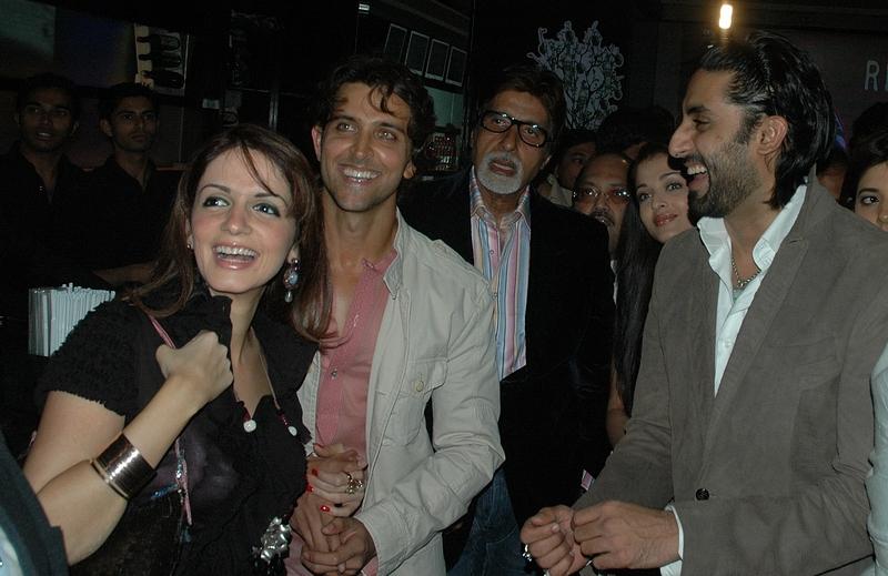 Hrithik Roshan, Sussanne Roshan, Amitabh Bachchan, Abhishek Bachchan