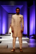 The lame' Bandgalas were worn over printed kurtas and a multi-coloured embellished short sherwani came with slim pants.