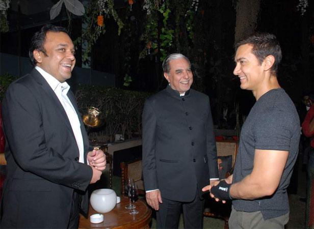 Subhash Chandra (chairman of Essel Group) with Aamir Khan