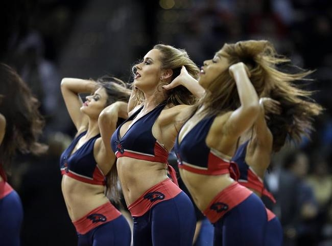Stunning Atlanta Hawks Cheerleaders