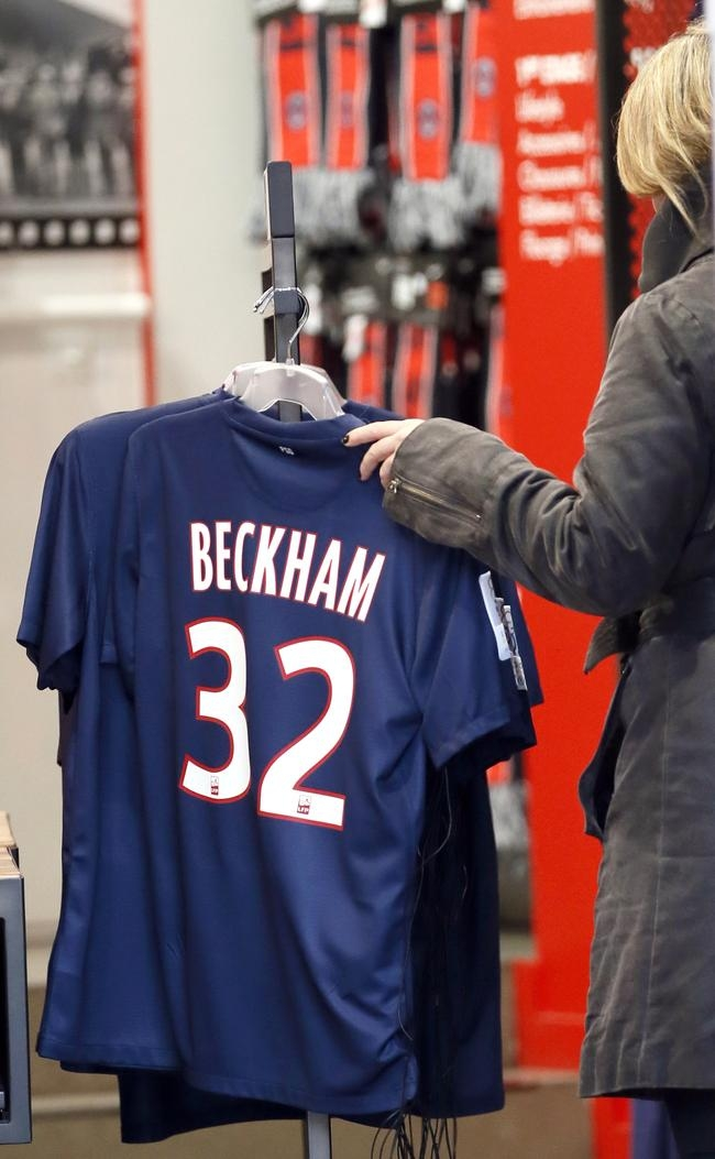 Beckham Fever Grips Paris