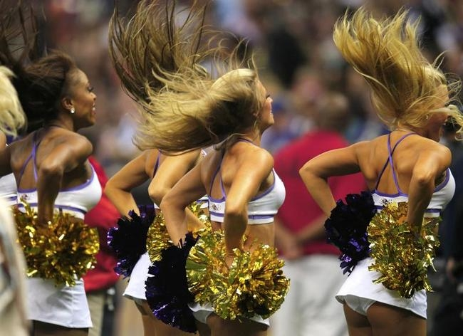 Cheerleaders Sizzle @ NFL Super Bowl