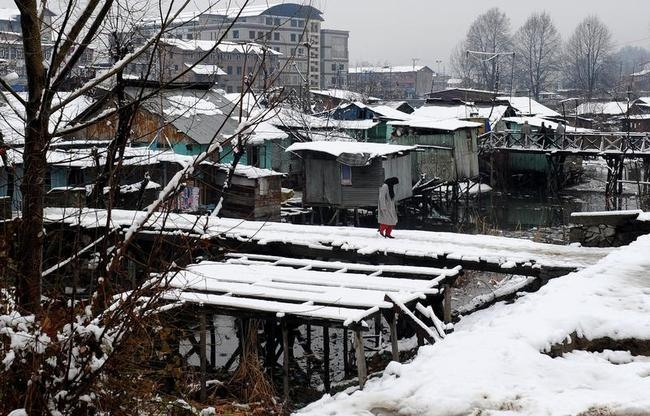 Snowfall in Kashmir Valley