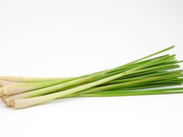 Essential Oil: Lemon Grass
