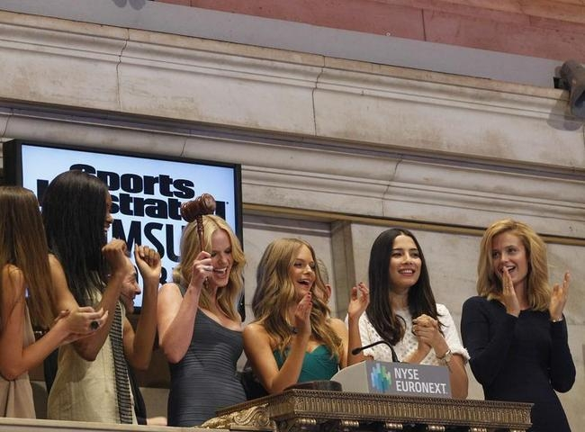 Sports Illustrated Swimsuit Babes @ NYSE