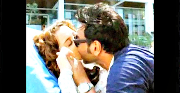 Ajay Devgn and Kangana Ranaut