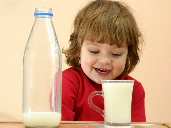 Avoid drinking juices and milk before bed