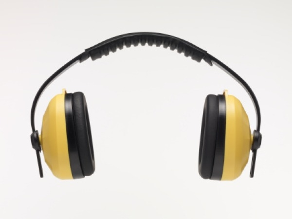 Bad Habit to Quit for A Healthy Living # 5: Wearing headphones for long hours
