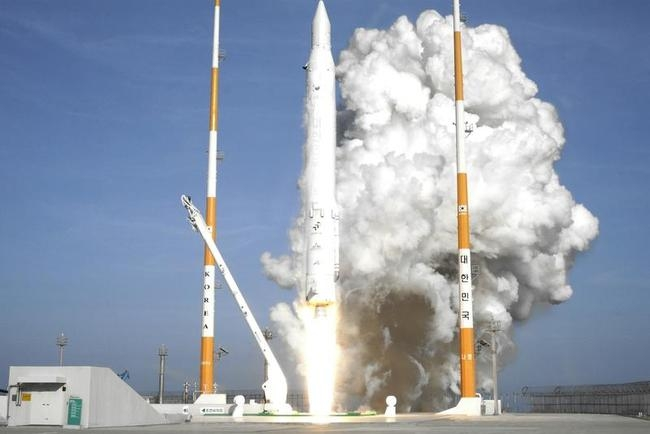 South Korea joins global space club