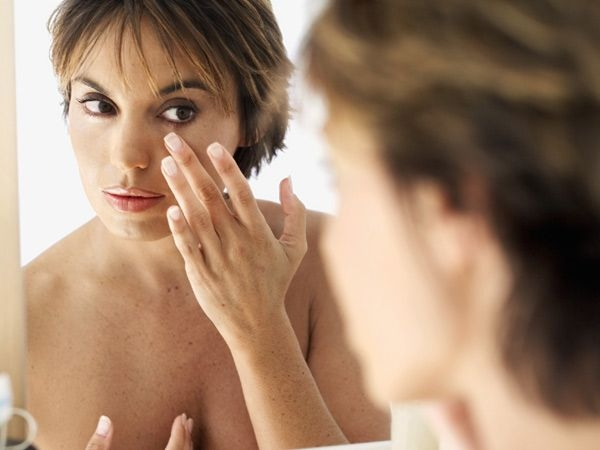 Skin Problems: 16 Skin Conditions That You Ignore : Exogenous ochronosi