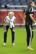 Babes Get Ready for Euro 2013 Final
