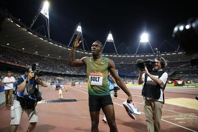 Usain Bolt wins London 100m in 9.85sec