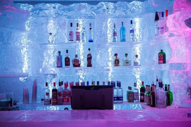 Minus 5 Ice Bar